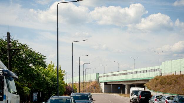 Drogowcy doświetlają ulice w dwóch dzielnicach