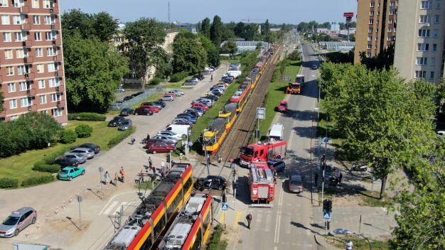 Zderzenie tramwaju i auta. Utrudnienia trwały prawie 10 godzin