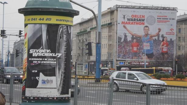 Reklamy w centrum Mateusz Szmelter/tvnwarszawa.pl